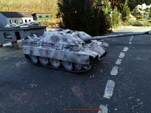 "Airbrush for tank Jagdpanther"" Wintertarn 1:16"